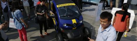 電気自動車とハイブリッドカーの販売台数増加