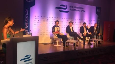 セナ、ブエノスアイレスePrix開催の式典に参加