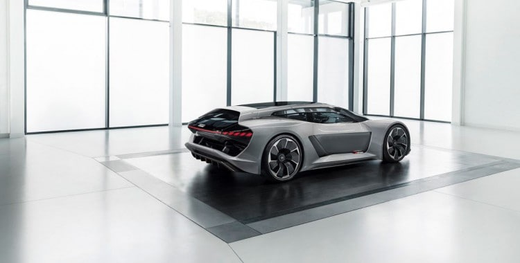 アウディPB18のe - トロン・コンセプトは、スーパーカーに変身します