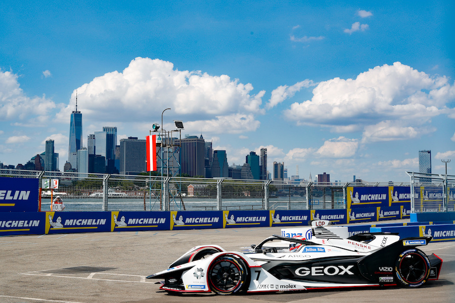 BROOKLYN STREET CIRCUIT, UNITED STATES OF AMERICA - JULY 12: Jose Maria Lopez (ARG), GEOX Dragon Racing, Penske EV-3 during the New York City E-prix I at Brooklyn Street Circuit on July 12, 2019 in Brooklyn Street Circuit, United States of America. (Photo by Steven Tee / LAT Images)